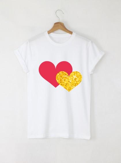 Two Hearts Дамска бяла тениска с дизайнерски принт